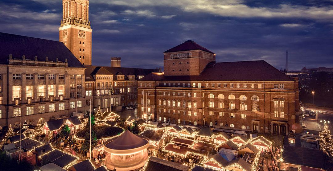 Kom i julestemning i Kiel med juleshopping, Glühwein og isfestival